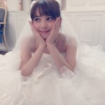 【佐々木希の結婚式】どんなウエディングドレスを着る?
