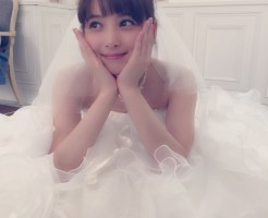 佐々木希ウエディングドレス