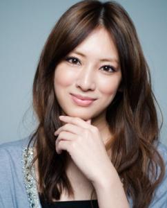 北川景子の髪型とは?ロングパーマストレート必見!