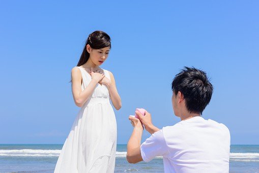 【結婚報告は行列で!?】佐々木希も番組出演!3