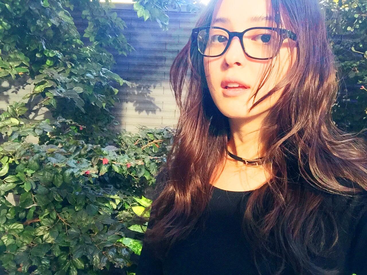 佐々木希のメガネ姿が可愛い!視力は悪い?それとも伊達メガネ?5