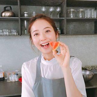 佐々木希の料理本「希んちの暮らし」発売に好評の訳とは?2