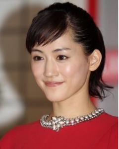 綾瀬はるかの可愛い前髪の切り方作り方はこれ!